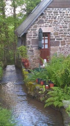 Hameau de moulin à l'eau