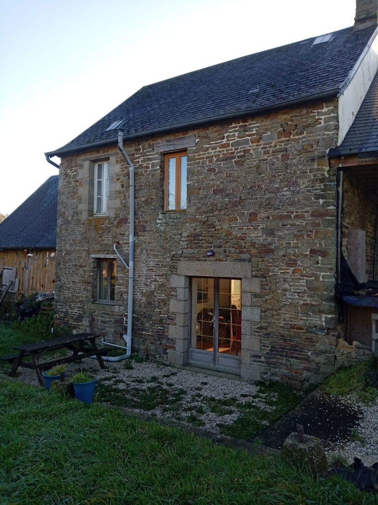 Maison en pierre Barenton