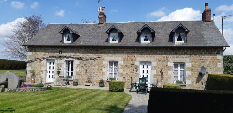 Maison en pierre avec vue panoramique